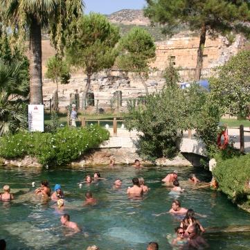 Pools_in_Hierapolis