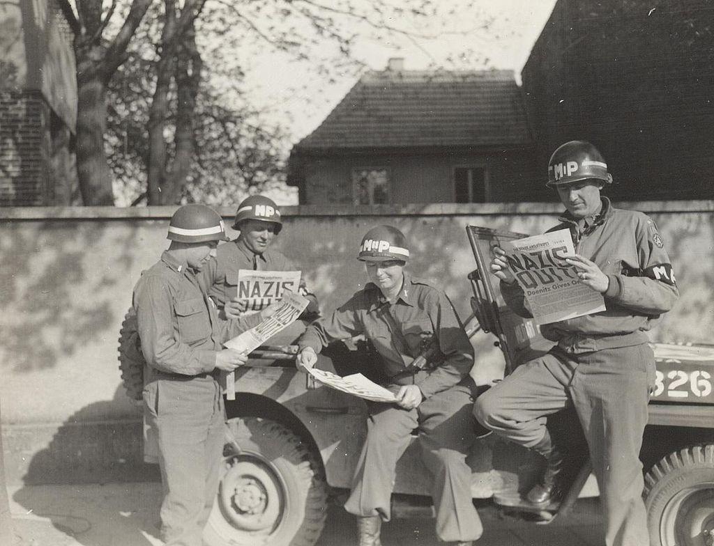 German_surrender_army.mil-2007-05-07-132957